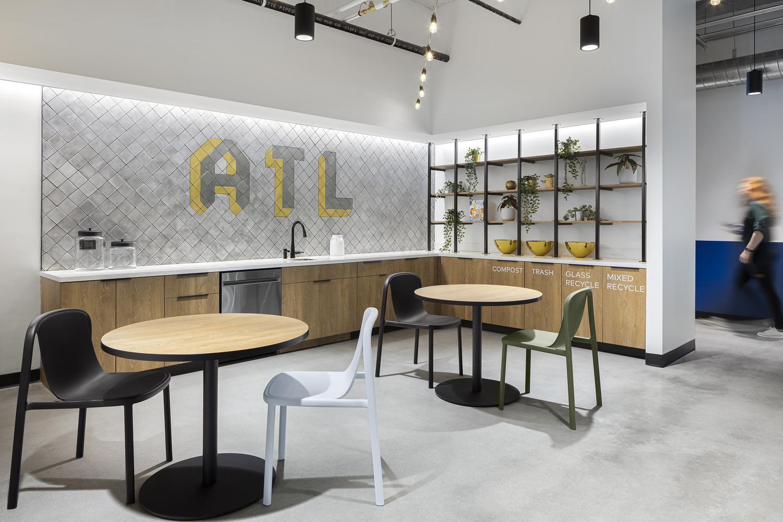 Atlanta_small cafe