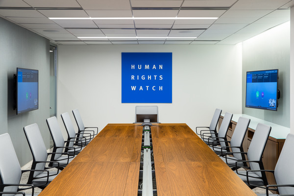 DC4987_Human_Rights_Watch_DC_N7_webview